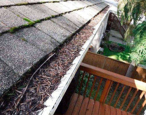 Limpieza de canalones pluviales y canaletas